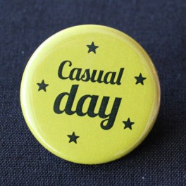 BADGE CASUAL DAY